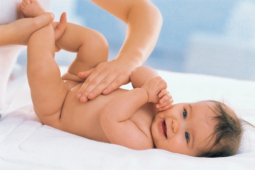 What causes colic?
