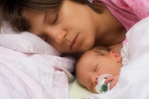 Ночные кормления новорожденного