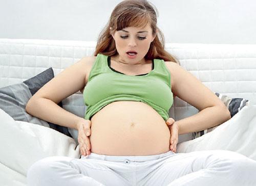 Боль при родах: с чем можно сравнить, как облегчить, причины и полезные советы