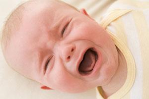 почему ребенок постоянно плачет