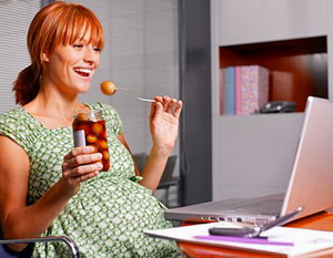 Работать ли во время беременности