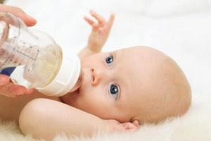 Сколько воды должен пить ребенок до года