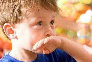 Распространенные причины тошноты у ребенка