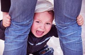 Как бороться и справляться с истериками ребенка
