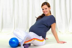 Пилатес во время беременности: преимущества и противопоказания