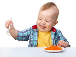 Как научить ребёнка жевать