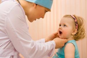 Аденоидит у детей