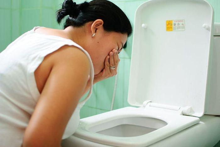 Тошнота на ранних и поздних сроках беременности