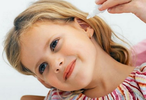 Серная пробка в ухе у ребенка: что делать