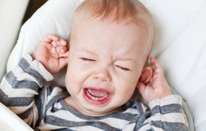 Почему заложено ухо у ребенка