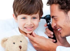 Воспаление уха у ребенка