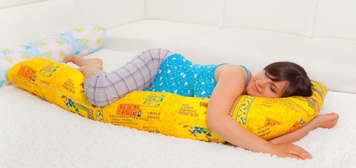 Подушка для беременных: для чего нужна, виды, как выбрать
