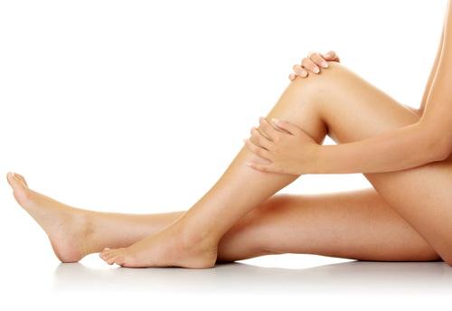 Почему после родов болят колени