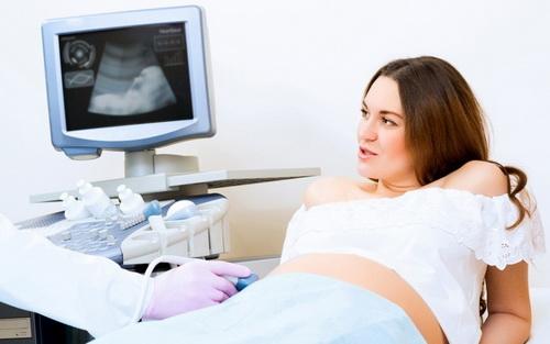 Естественные роды после кесарева сечения: возможны ли, риски, подготовка