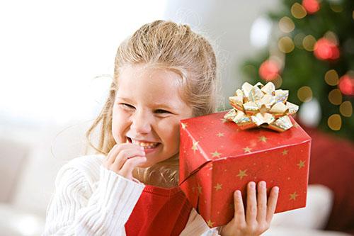 Что дарить детям в новый год