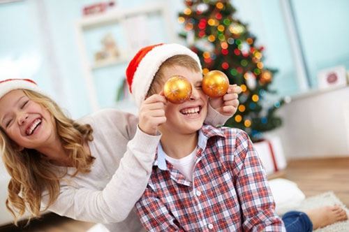 Конкурсы на Новый год для детей разного возраста: подвижные и смешные