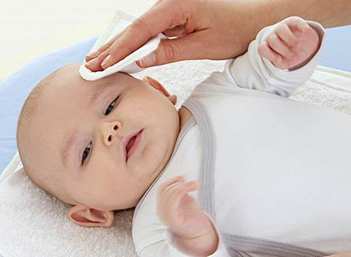Себорея у ребенка: причины, симптомы, диагностика, лечение