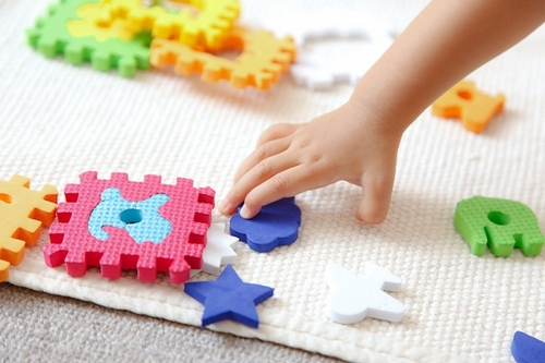 Развитие внимания у детей 3-5 лет: особенности, свойства, игры