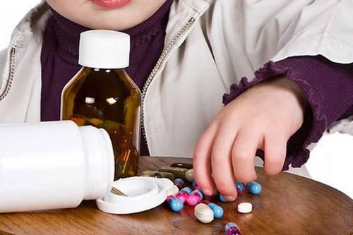 Понос и температура у ребёнка: возможные причины и первая помощь