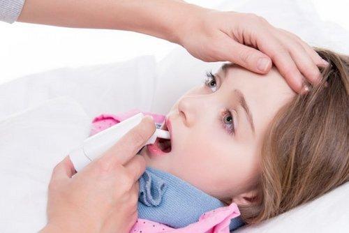 Лечение вирусной ангины у детей