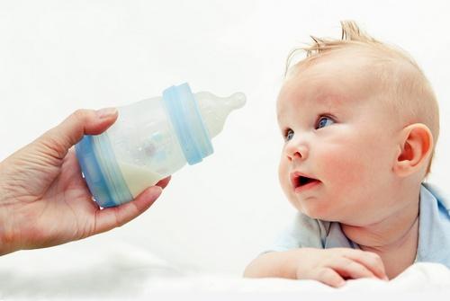Кисломолочная смесь для новорожденных
