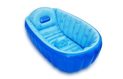 Покупаем ванночку для купания новорождённого: на что обратить внимание и какую модель выбрать?